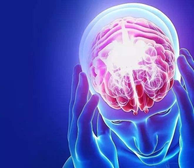 脑梗塞发病时有哪些症状表现
