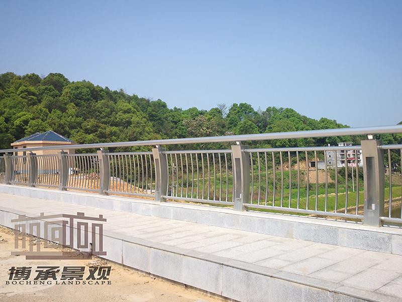 江西萍乡煤金山大桥--钢结构人行护栏