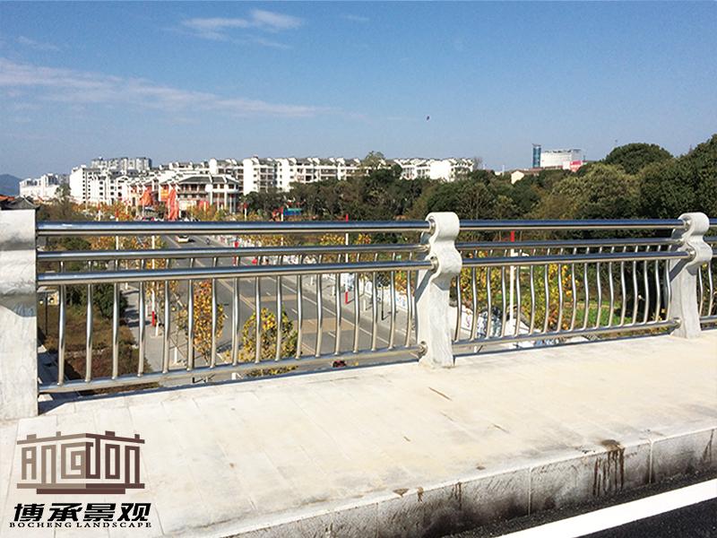 江西富民大桥--组合式人行护栏