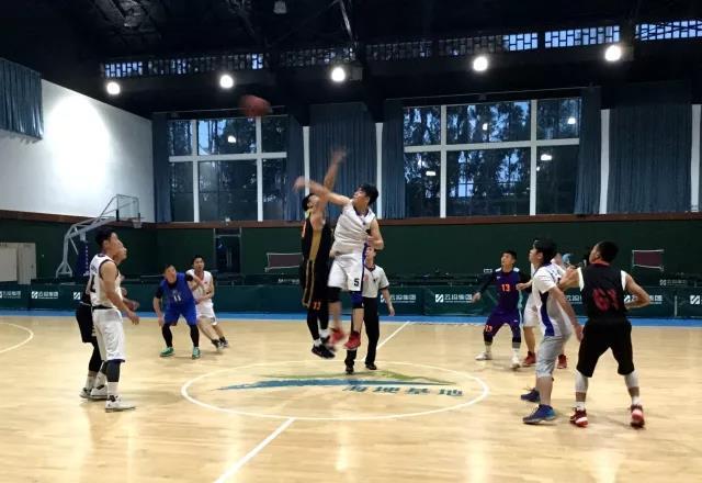 广东商会举行迎五一篮球赛