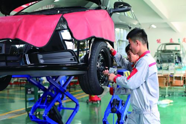贵州航空工业技师学院白云校区(汽车维修)专业