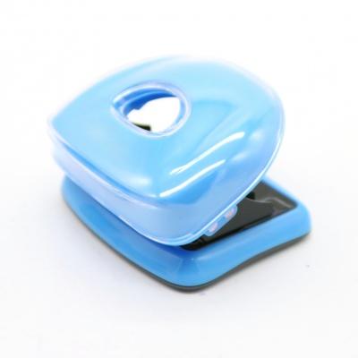 蓝色打孔器
