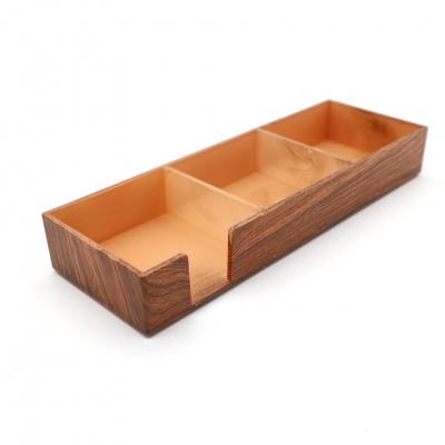 浅色木纹亚克力三格收纳盒