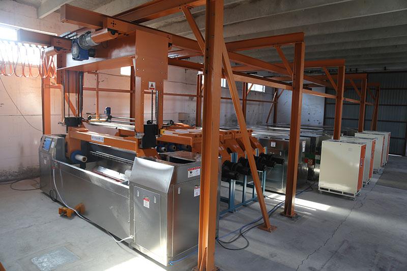 設備完工後,在工廠搭建模擬生產環境,檢驗產品質量和整體協調度
