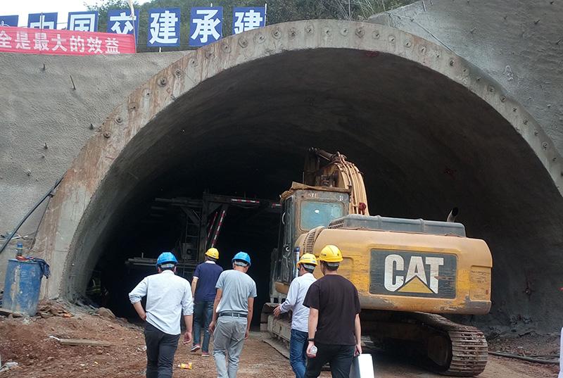 华丽高速拉格朗隧道锚杆质量检测