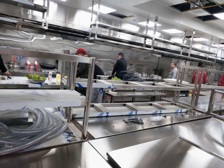 带你走进金堂五星级酒店尚城酒店施工现场,见证东风厨具品质!