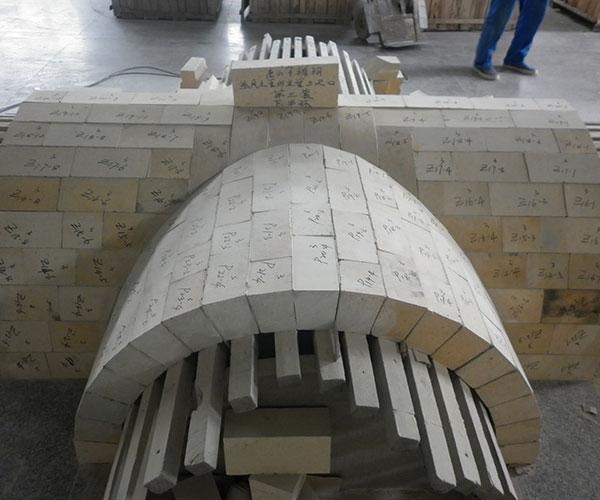 唐山不锈钢热风主管与主管三岔口下半环第三套