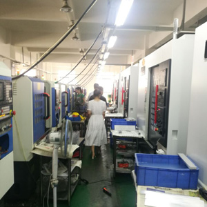 CNC 加工生产线 3