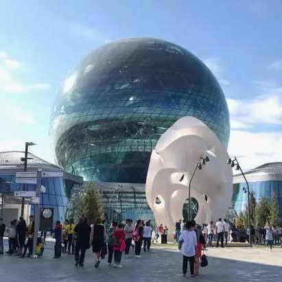 广东陶瓷重走新丝路-派陶亮相2017世博会中国馆并进行非遗演示
