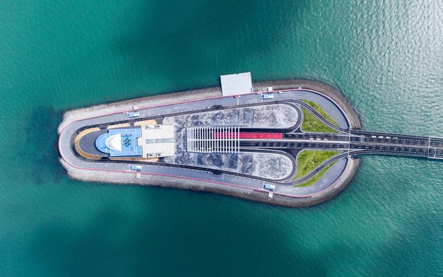 厉害了我的国,港珠澳大桥24日正式通车!