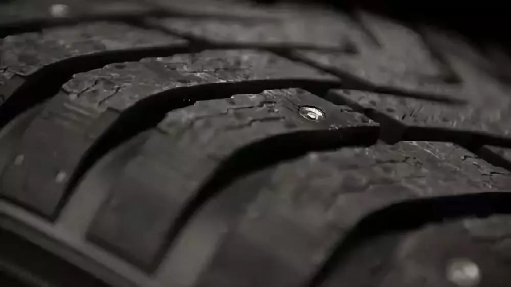 @盘锦市民,为什么汽车轮胎是黑色的?其实真没那么简单