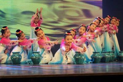 珠海少儿影视表演儿童音乐剧表演班秋季班 - 珠海魅力人生